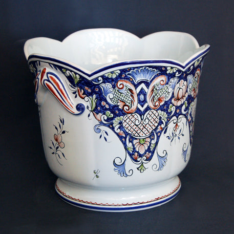 A cotes Planter with hand painted Rouen decoration