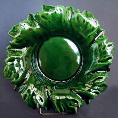 Acanthe round serving dish in green