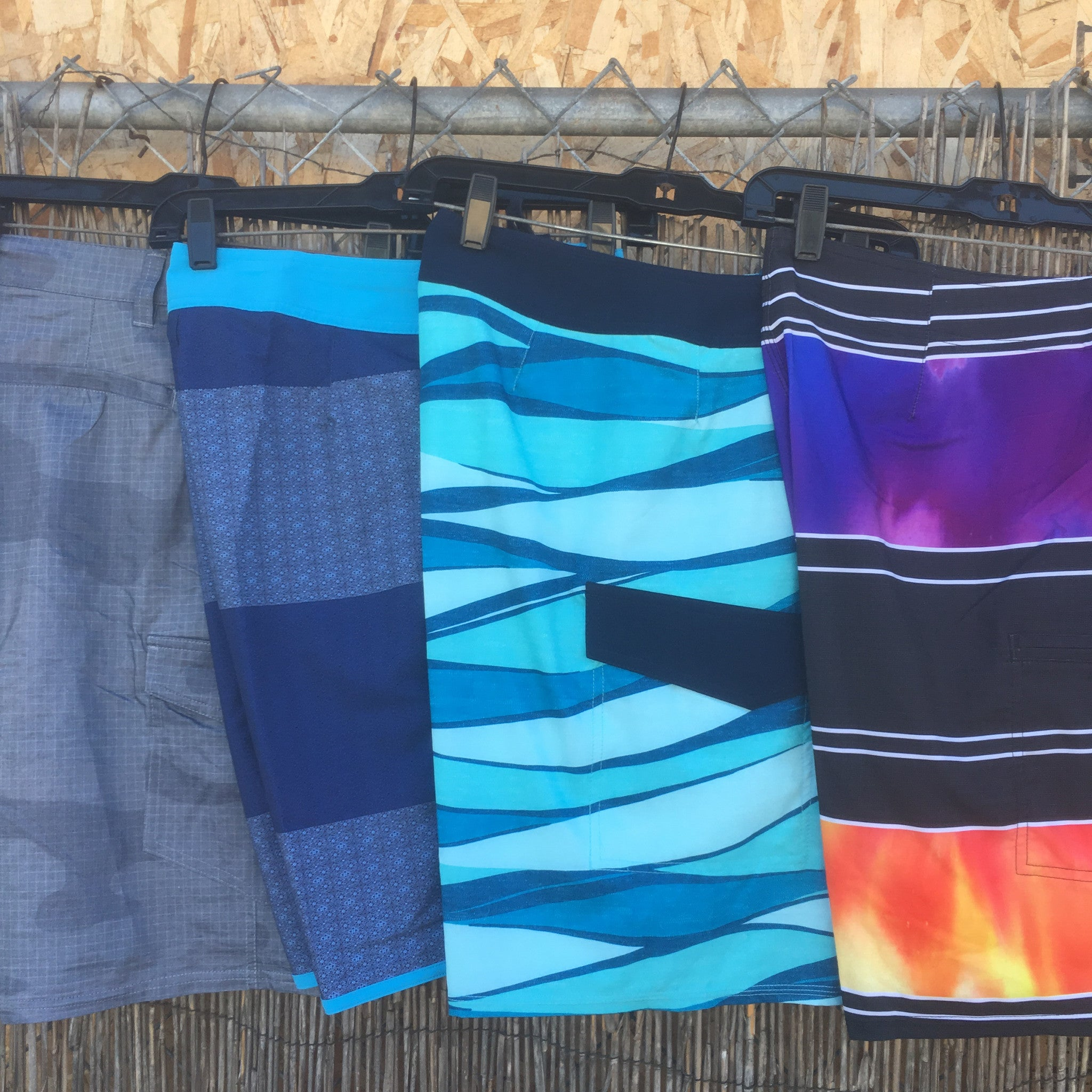 2 & 4 Way Stretch Boys/Mens Boardshorts
