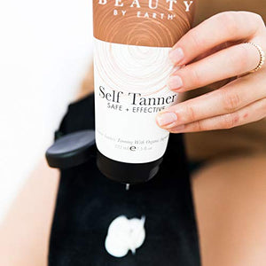 Self Tanner - With Organic Aloe Vera & Shea Butter, Sunless Tanning Lotion and Bronzer Buildable Light