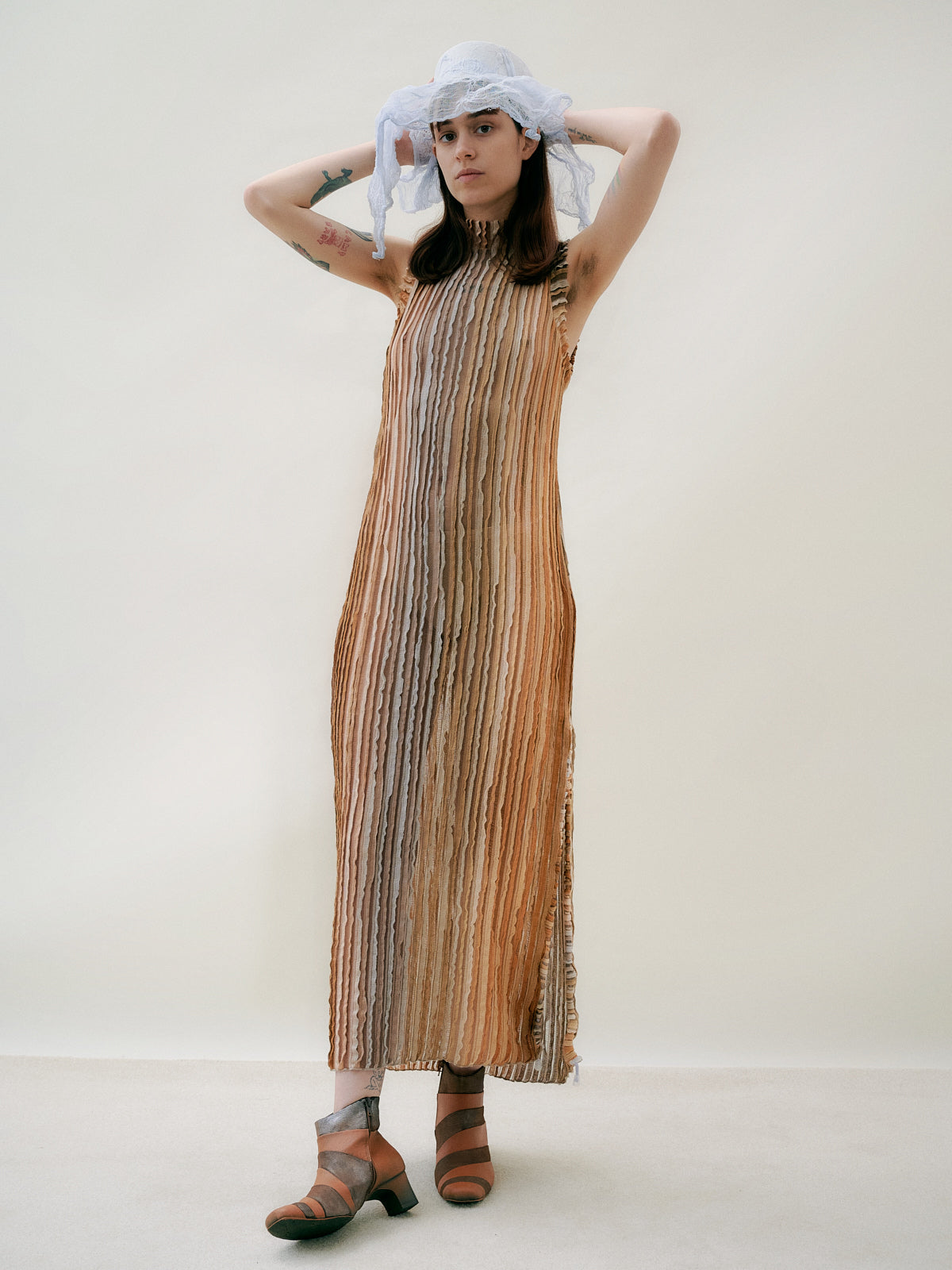TREE HOLLOW Dress