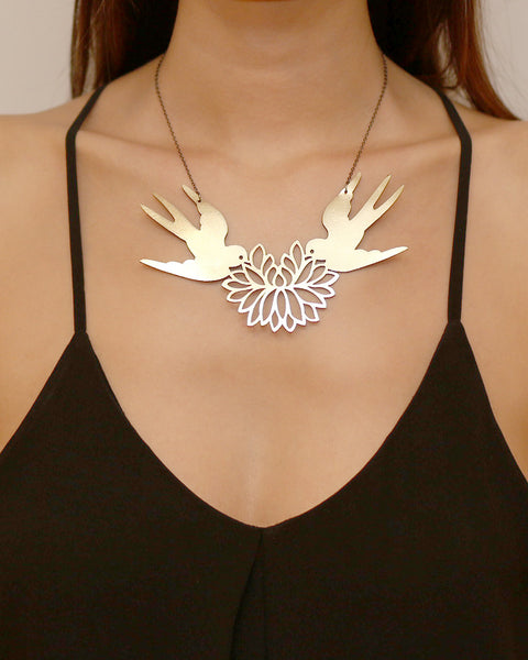Turtle Doves Necklace Gold