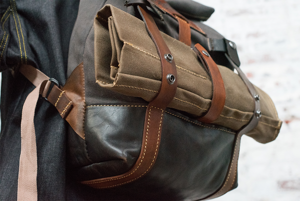 RUCKSACK & KNIFE ROLL COMBO - LEATHER & WAXED CANVAS