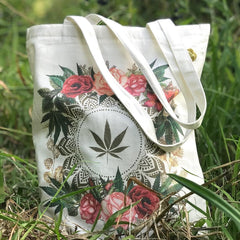 Fashionably High Flower and Leaf Zipper Tote