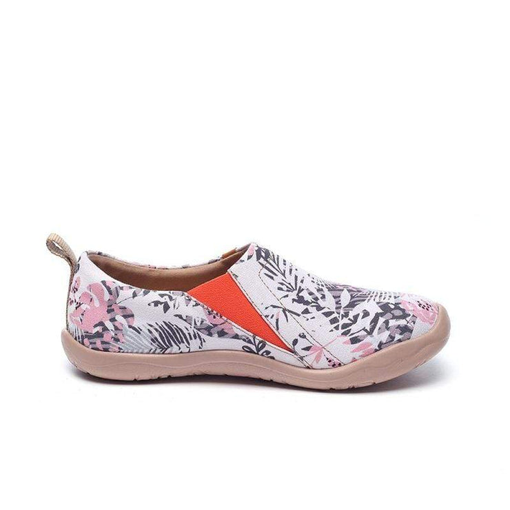 UIN Footwear Women Flora in March Canvas loafers