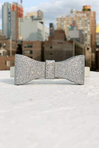 bow tie dog collar for your wedding.