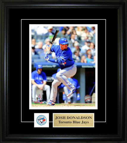 "Edwin Encarnacion 8""x10"" Signed Photo with Deluxe Frame - Home Run Trot"