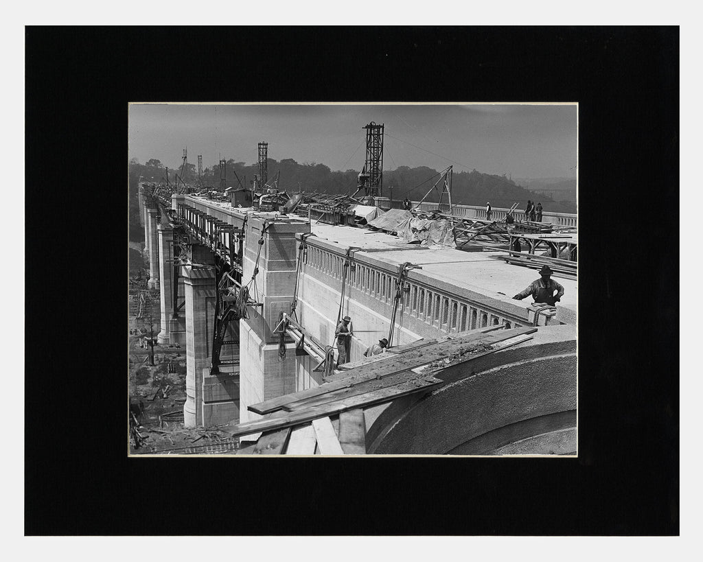 Image of Matted: Bloor Viaduct Construction, 1917 photograph