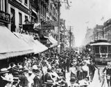 Yonge Street crowds in 1902, celebrating the end of the Boer War.