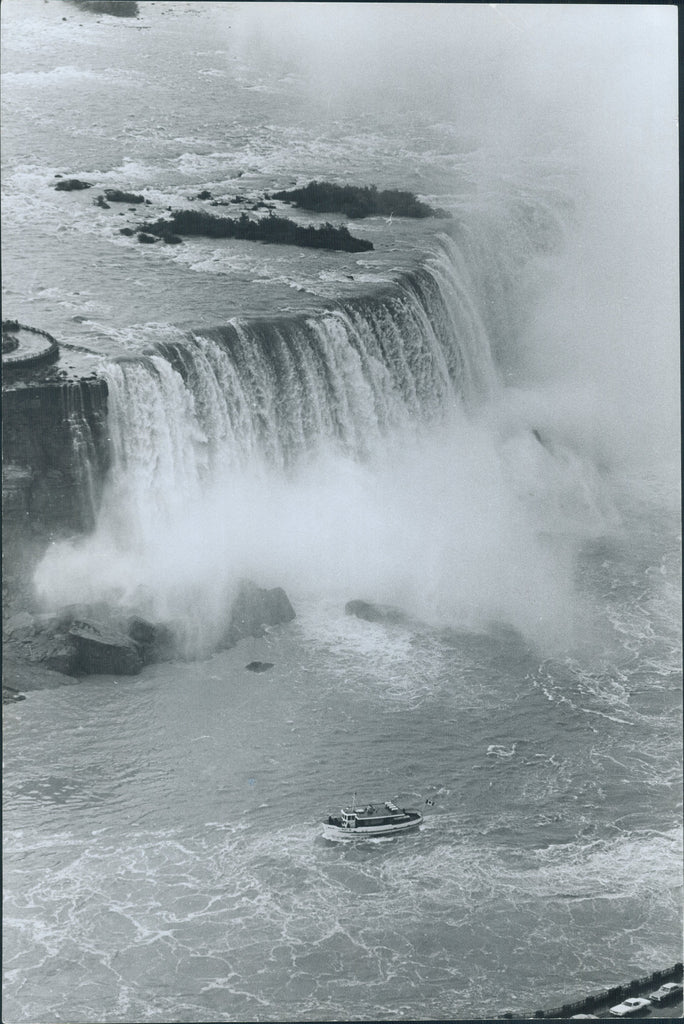 Maid of the Mist 1977