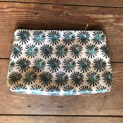 Izzi Rainey Oil Cloth Washbag