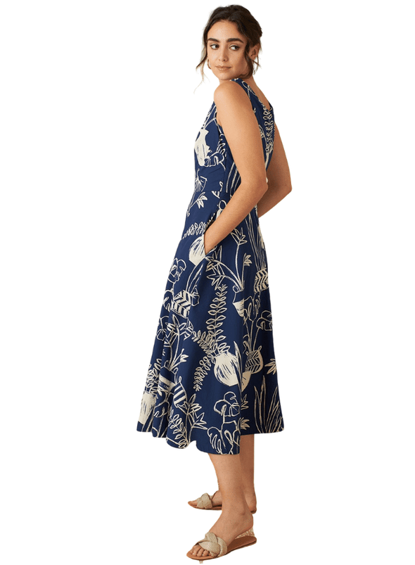 Margot Berber Baskets Midi Dress from Emily and Fin