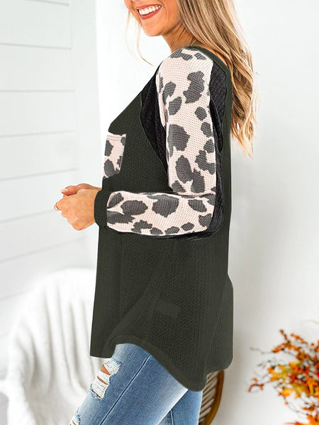 V-neck-Waffle-Leopard-Pocket-Long-sleeve-T-shirt