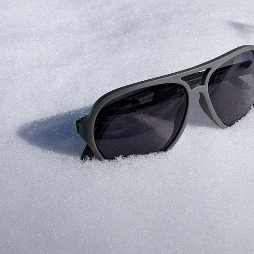 Why So Many People Insist on Wearing Polarized Sunglasses