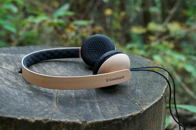 Handmade Japanese Wooden Headphones on Kickstarter