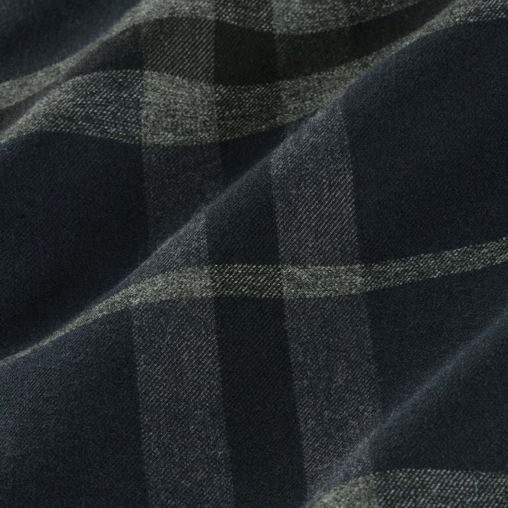 Flannel - Navy Large Check, fabric swatch closeup