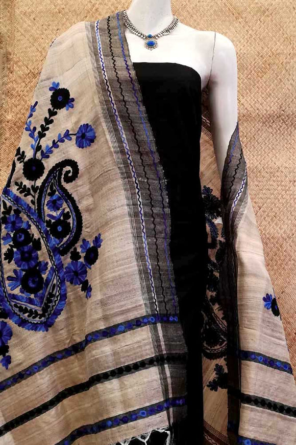Elegant Geecha Silk dupatta with Block print and Aari work