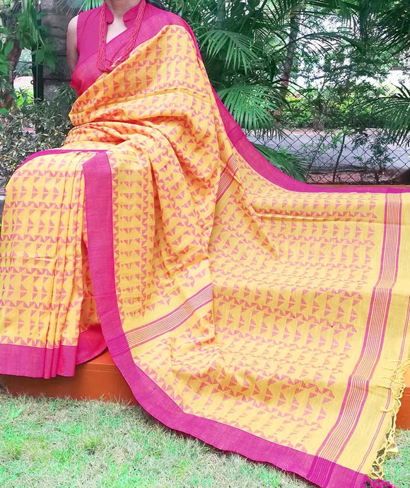 Elegant Bengal slub Cotton Saree with all over woven motifs