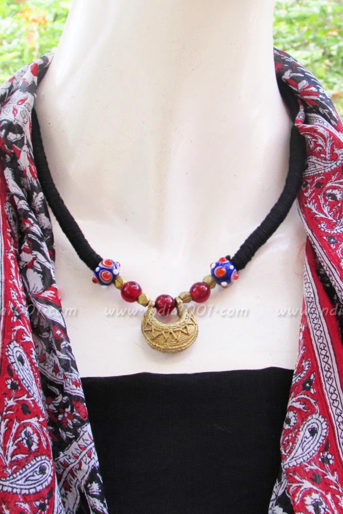 Thread necklace with Beads & Antique Pendant