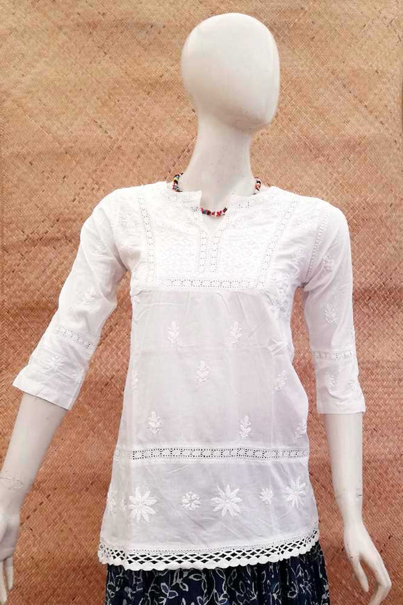 Elegant Cotton Short Kurta with Chikankari work . Size - 34