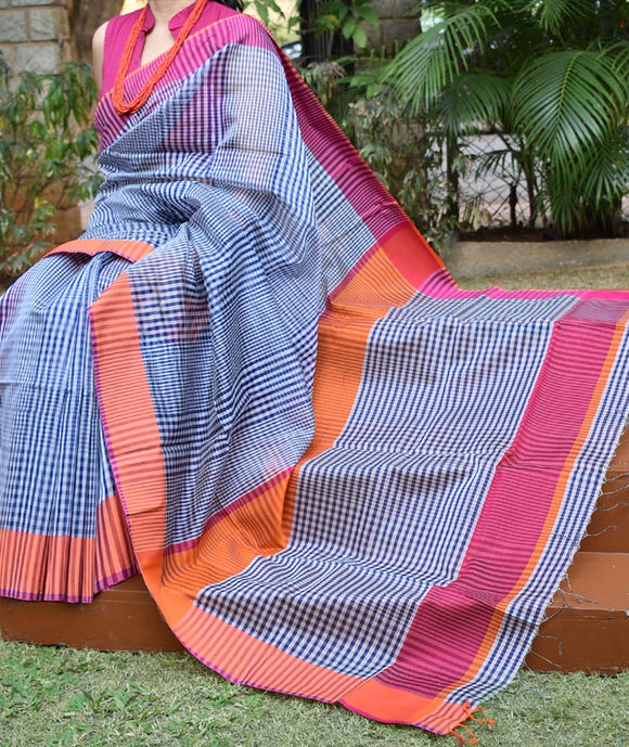 Elegant Handwoven Maheshwari Saree with Ganga Jamuna Borders