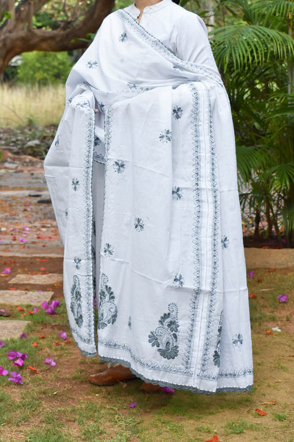 Hand Embroidered Chikankari work Mul Cotton Dupatta with Crochet borders
