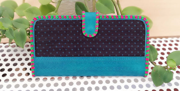 Handcrafted Kutch Leather With Mashroo Fabric Wallet