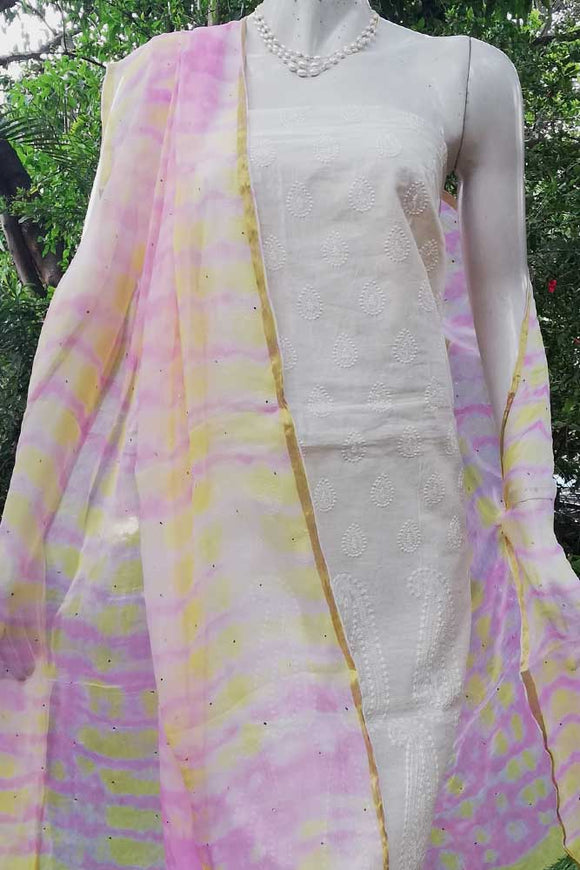 Chiffon dupatta with Shibori dyed patterns