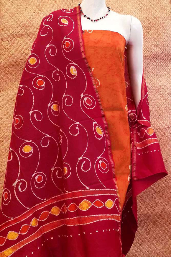 Elegant Maheshwari kurta and dupatta with Batik work