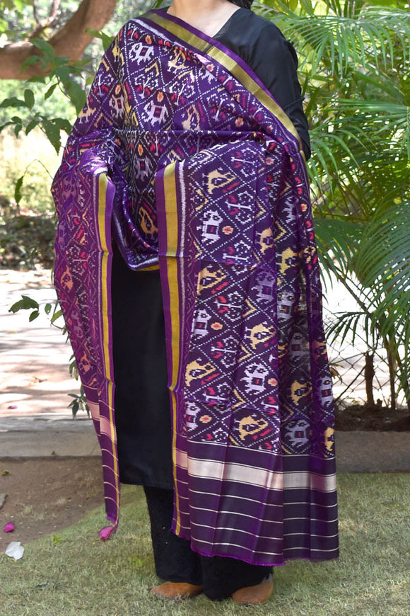 Beautiful Handwoven Single Ikkat Patola Silk Dupatta