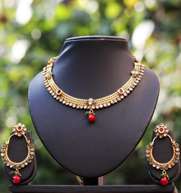 Elegant Polki Necklace Set
