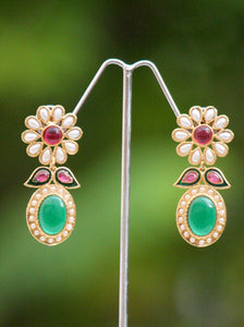 Elegant Pearl & Polki Earrings