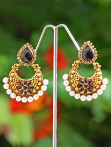 Gorgeous Polki & Pearl Earrings