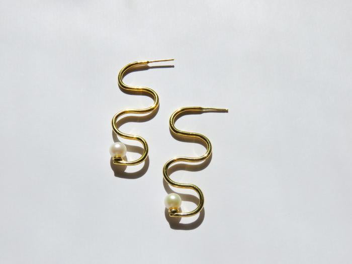 Dea Dia  Squiggle Earrings