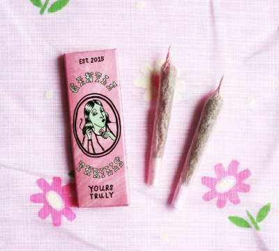 Gentle Thrills Rolling Papers