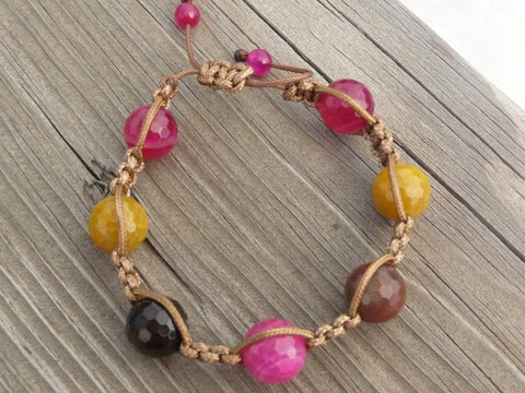 faceted agate macrame bracelet