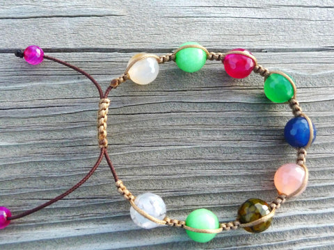 Small Multicolored Stone Macrame Bracelet