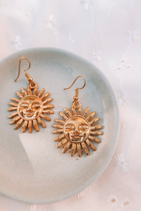 RARA GOLD SUN EARRINGS