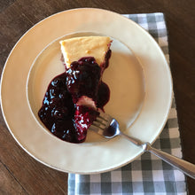 Load image into Gallery viewer, Nell's Favorite Cheesecake