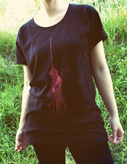 Painted Street - Red Bird (Black) - Women's T-Shirt