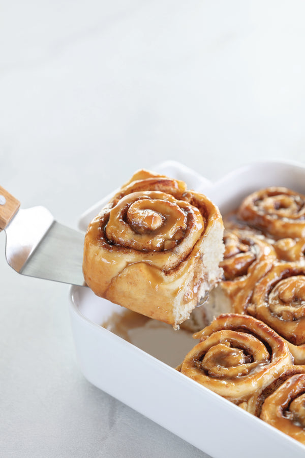 Caramel Apple Cinnamon Rolls by Rosanna Pansino