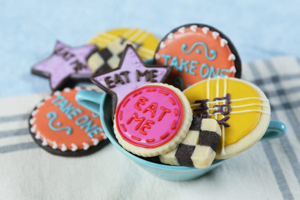 Alice in Wonderland 'Eat Me' Cookies