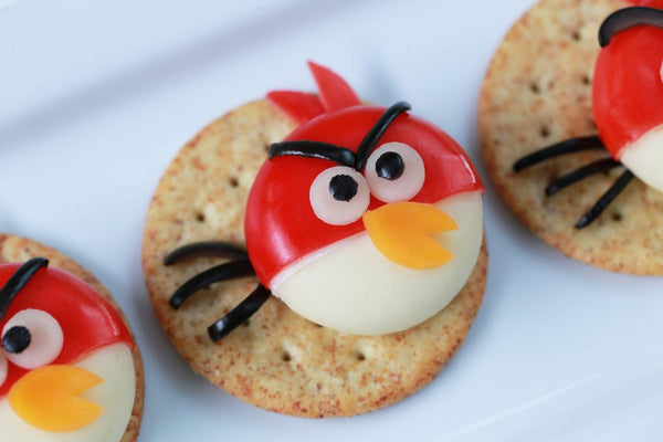 Angry Birds Cheese and Crackers