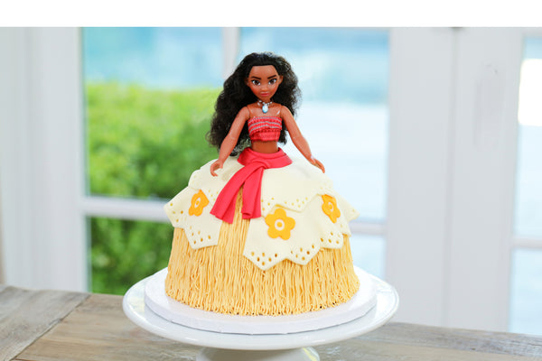 Moana Princess Cake