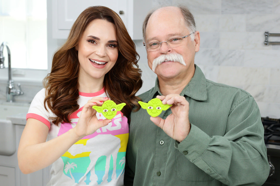 Rosanna Pansino and Papa Pizza make Yoda Cookies for Father's Day