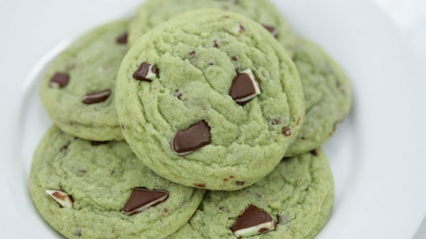 Mint Chocolate Chip Flavored Cookies