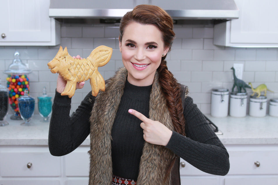 Rosanna Pansino makes Game of Thrones Direwolf Bread