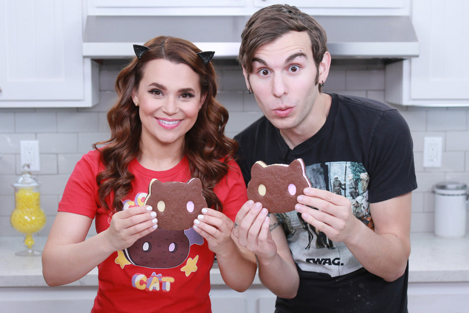 Rosanna Pansino and Jake Roper make Steven Universe Cookie Cat Ice Cream Sandwiches