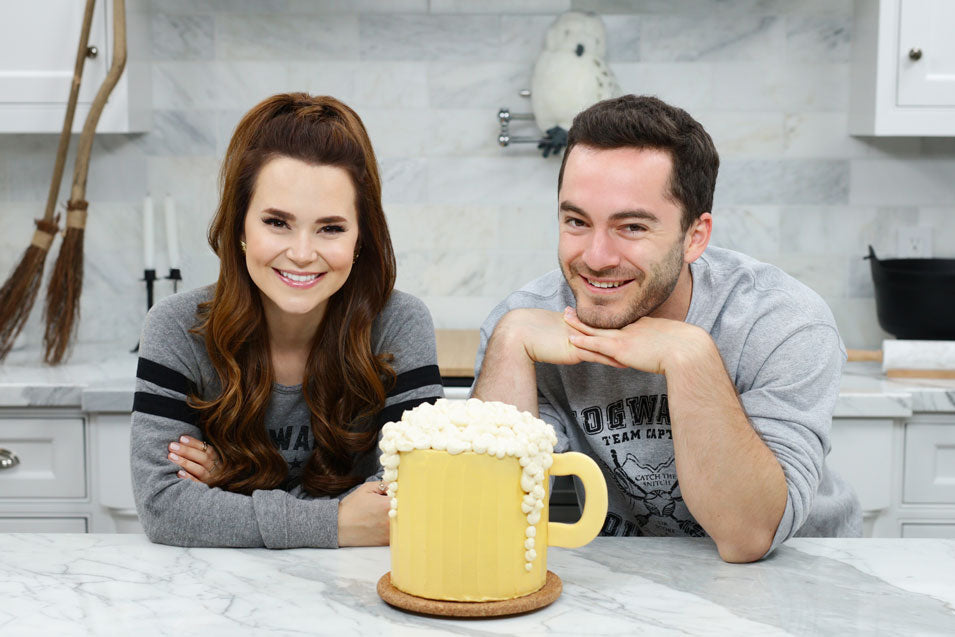 Rosanna Pansino and Jordan Maron Make Harry Potter Butterbeer Cake