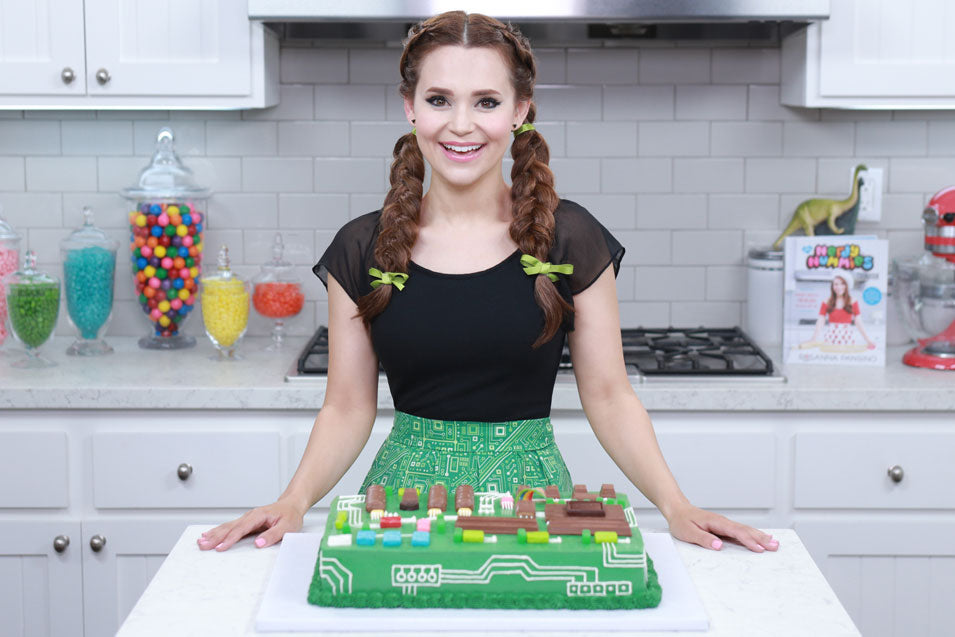 Rosanna Pansino makes a Motherboard Cake